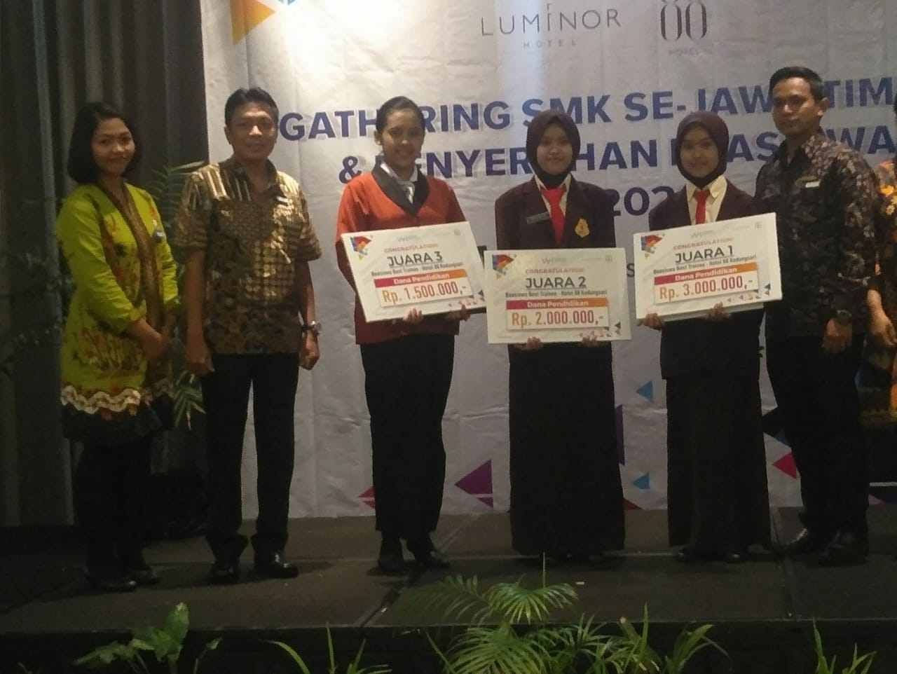 Siswa Perhotelan Raih Juara 3 Bid. Front Office The Best Training Hotel 88 Dibawah Waringin Group